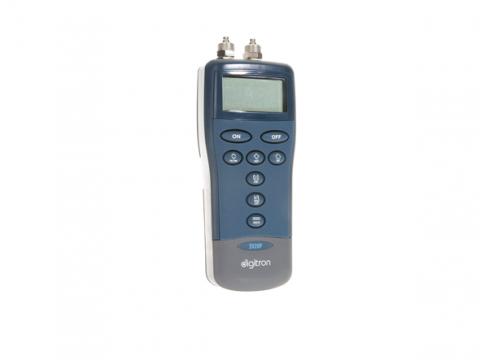 blanken controls drukmeter digitron 2020P